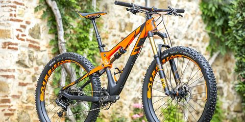 The Scott Genius LT has 160mm travel front and rear.