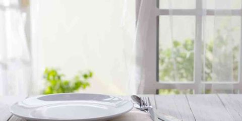 empty plate in the morning