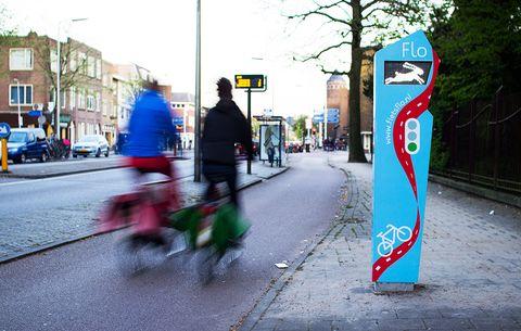 Springlabs flo traffic signal cycling