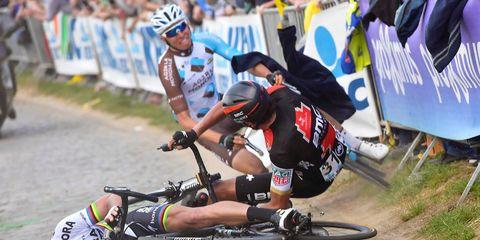 Jacket or Just Too Close? Video Evidence of Peter Sagan's Tour of Flanders Crash.