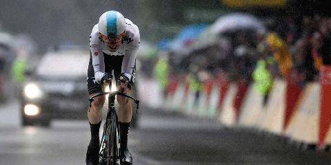 Geraint Thomas Wins Stage 1 at 2017 Tour de France