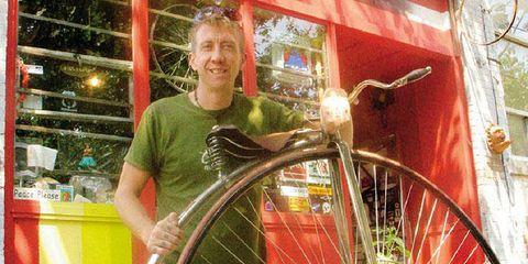 Matthew Feiner bike mechanic