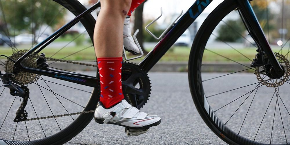 How to Start Riding Clipless Without Falling Over (as Much)