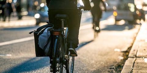 Senate Targets Bike Commuter Tax Benefit
