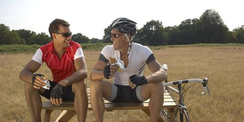 Cyclists eating