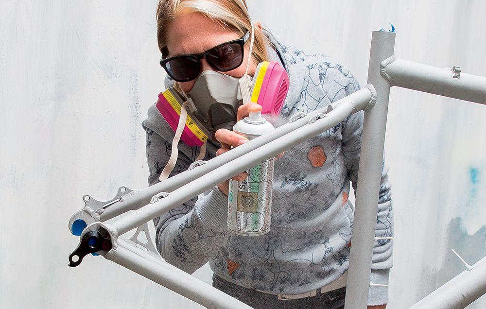 How to Paint a Bike | Spray Painting a Bike