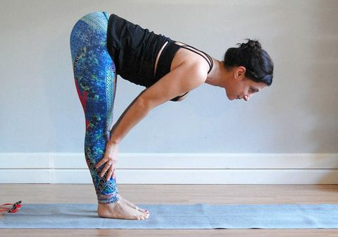 safe stretches for tight hamstrings  bicycling