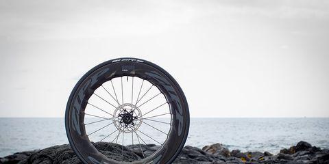 Zipp 858 NSW carbon clincher wheel