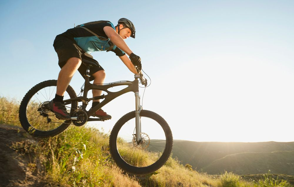 beginner mountain bike tips bicycling rh bicycling com mountain bike guide jobs alps mountain bike guide jobs canada