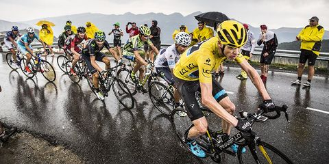 GC contenders follow Chris Froome on Stage 12
