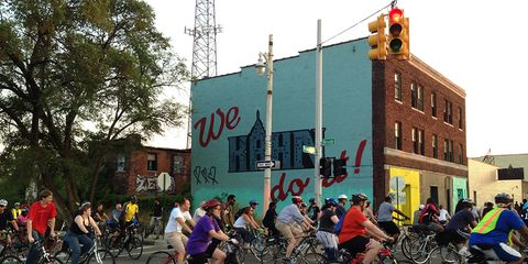 The Whys and Hows of Organizing a Cycling Pub Crawl.