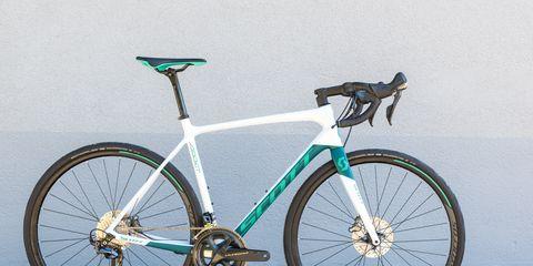 Land vehicle, Bicycle, Bicycle wheel, Bicycle part, Vehicle, Bicycle frame, Bicycle tire, Bicycle handlebar, Bicycle stem, Bicycle saddle,