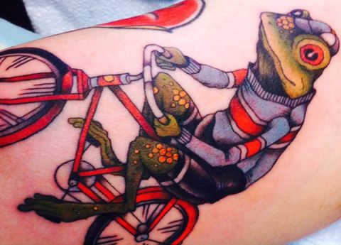 Art, Tattoo, Carmine, Amphibian, Cartoon, Illustration, Temporary tattoo, Symbol, Painting, Drawing,