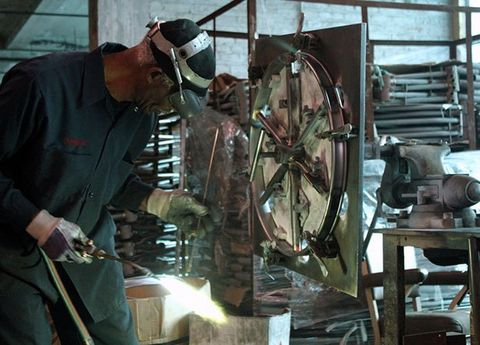 Machine, Sculpture, Industry, Iron, Engineering, Workshop, Steel, Factory, Metalworking, Watch,