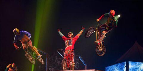 BMXers Volta Cirque du Soleil