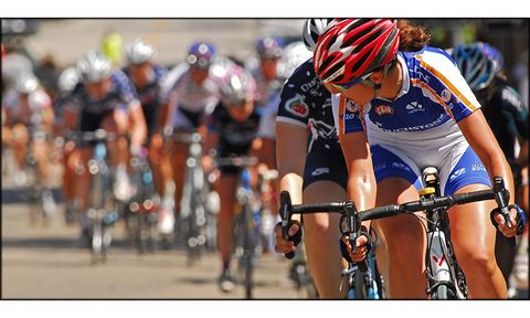 Half Of Women In Pro Cycling Make Less Than 11 800 A Year
