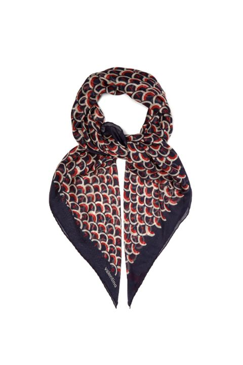 Clothing, Scarf, Black, Brown, Orange, Outerwear, Fashion accessory, Stole, Pattern, Beige,