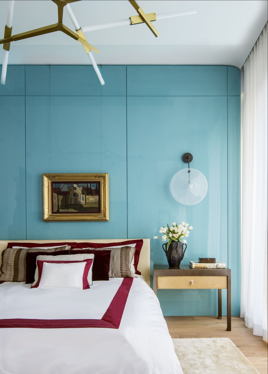 This Apartment by Nicole Fuller Will Make You Want to Cover Your Walls in Lacquered Panels