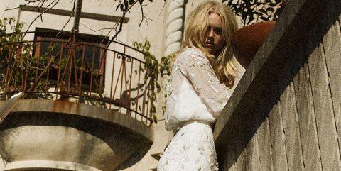 アンテリーベのドレス