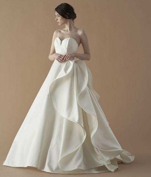 フェリーチェヴィータベリッシマのアントニオ・リーヴァのドレス