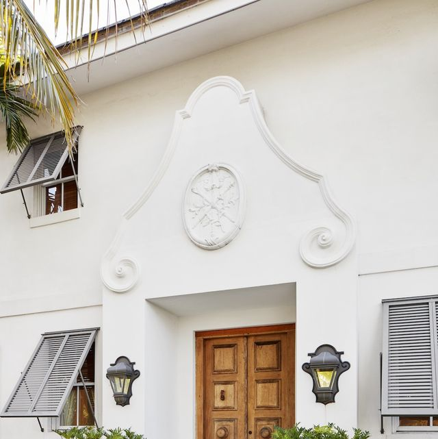 2020 kips bay palm beachshow house bolander front door veranda