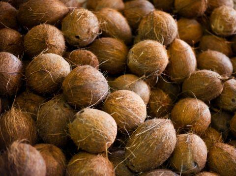 Natural foods, Food, Walnut, Plant, Leaf vegetable, Produce, Coconut, Vegetable, Superfood,