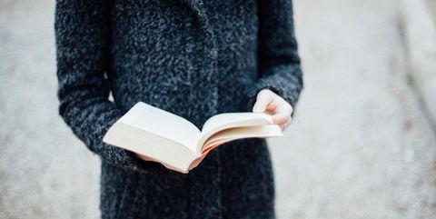 Sleeve, Textile, Outerwear, Collar, Carmine, Street fashion, Pattern, Jacket, Publication, Sweater,