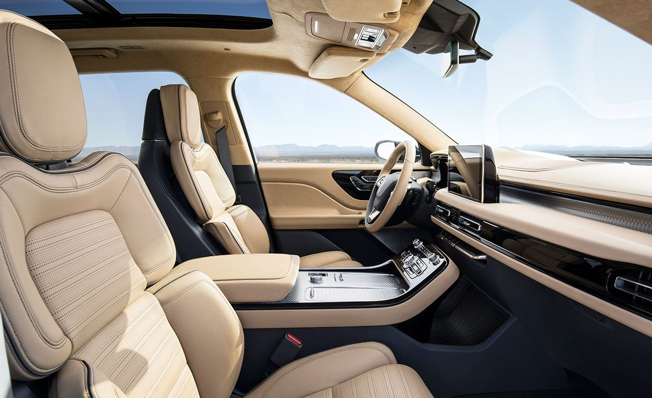 Everything The Lincoln Aviator Concept Keeps For Production Sport Feature Car And Driver