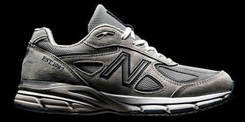 New Balance Is Reissuing the Quintessential Dad Shoe
