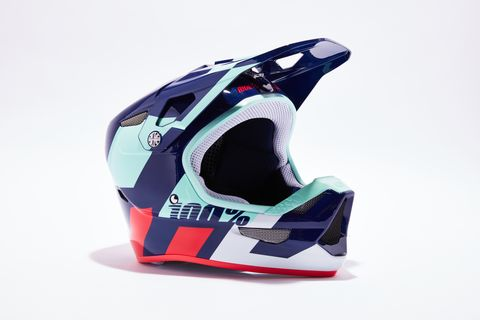 Helmet, Motorcycle helmet, Personal protective equipment, Headgear, Sports equipment, Visor,