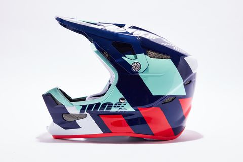 Helmet, Motorcycle helmet, Personal protective equipment, Headgear, Visor, Sports equipment,