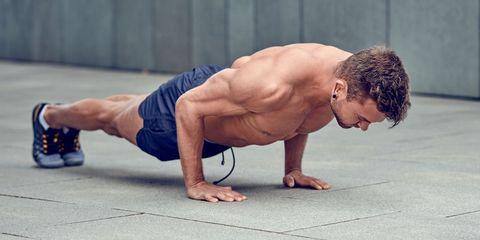 種類 腕立て 腕立て伏せの正しいやり方と10種類のメニュー!効果的に鍛えられる筋肉や回数の設定方法も解説