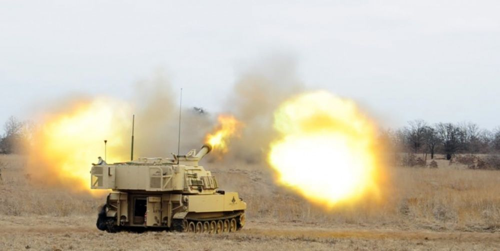 The U.S. Army Is Creating Artillery Rounds Guided By AI