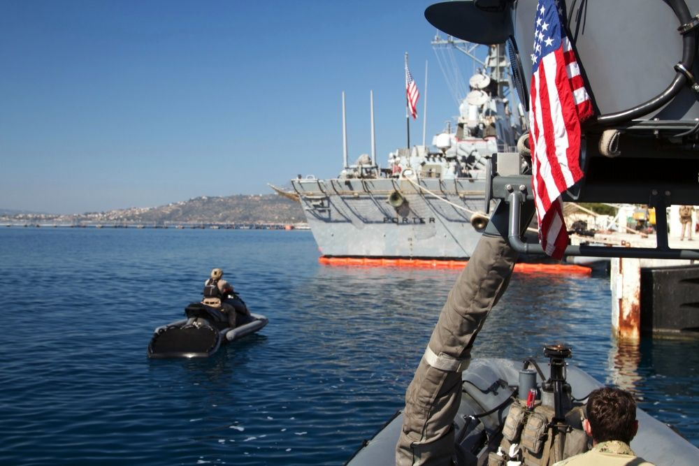 The U S  Navy SEALs Have Special Ops Jet Skis