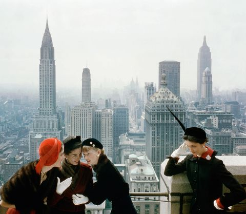 People, Human settlement, Metropolitan area, City, Metropolis, Urban area, Skyscraper, Cityscape, Travel, Tourism,