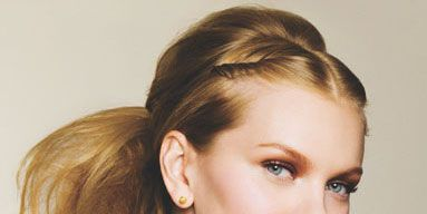 1006-beauty-aw-makeup.jpg