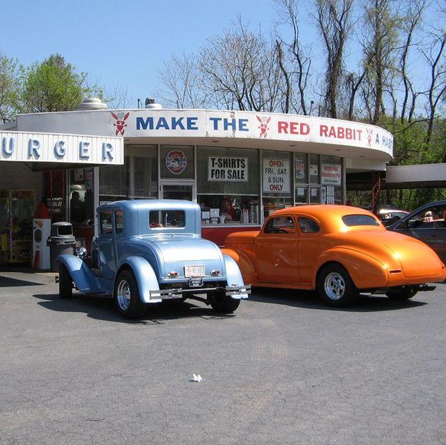 Land vehicle, Vehicle, Car, Motor vehicle, Classic, Classic car, Antique car, Vintage car, Compact car, Subcompact car,