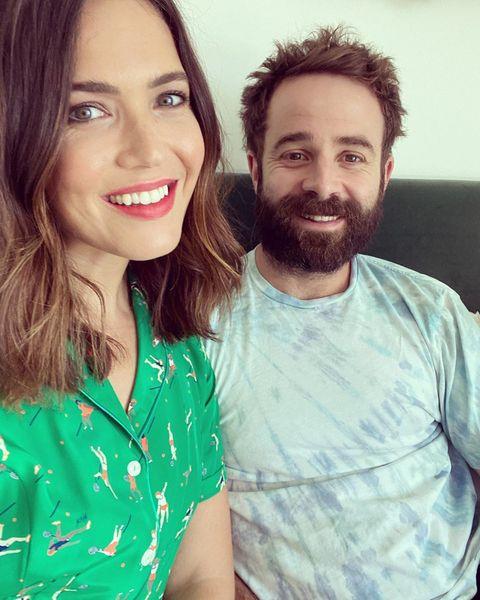 Мэнди Мур и ее муж