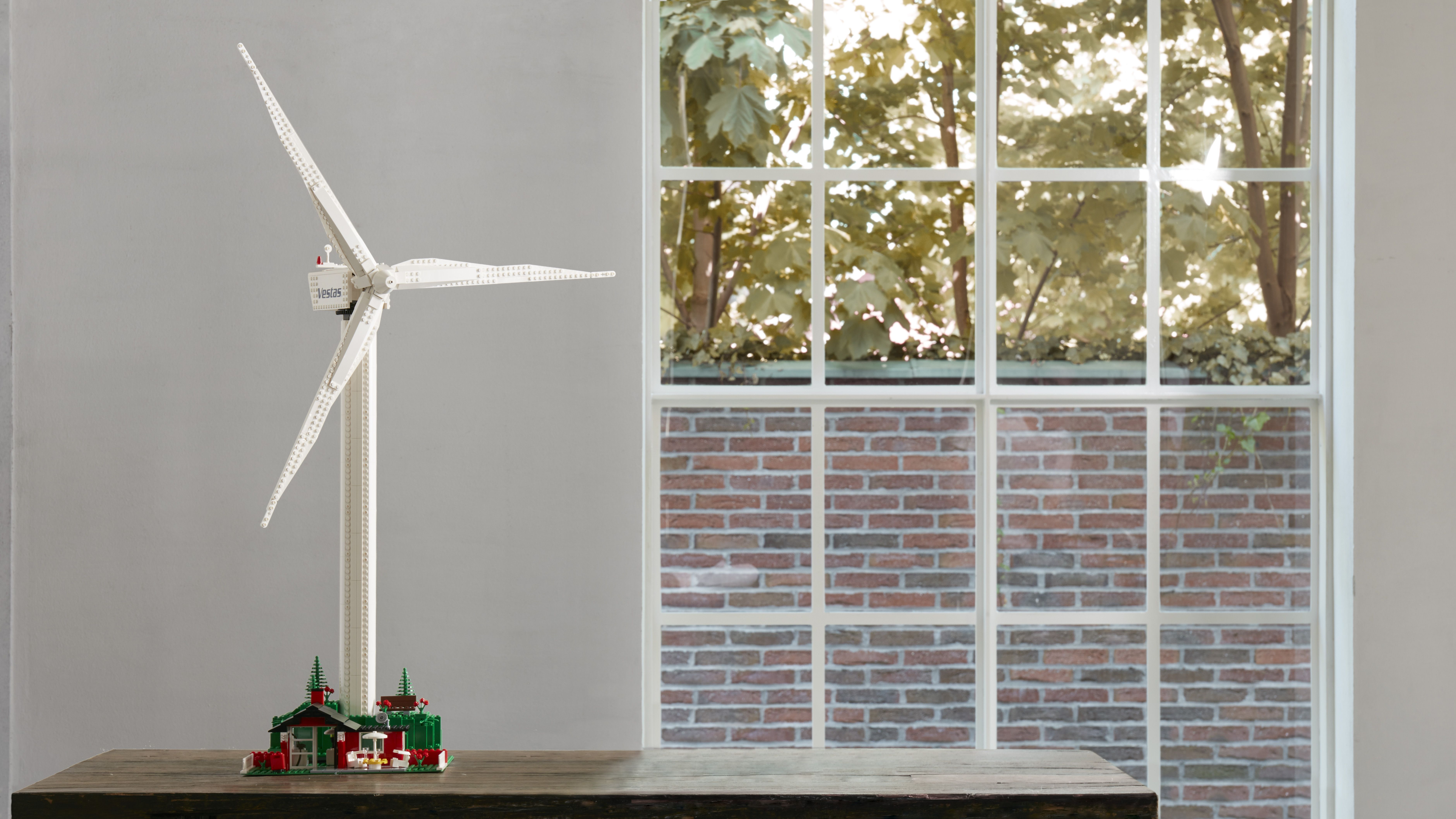 Put Renewable Energy On Your Desk With a Lego Wind Turbine