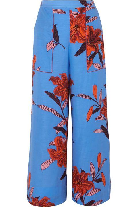 Clothing, board short, Active shorts, Orange, Shorts, Trunks, Sportswear, Active pants, Trousers,
