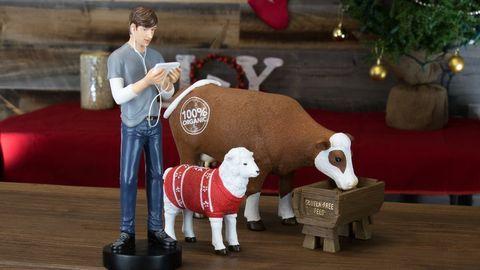 Sheep, Figurine, Sheep, Toy, Cow-goat family, Fawn, Working animal, Christmas, Livestock,