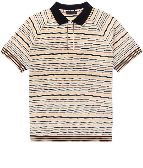 Clothing, White, Polo shirt, T-shirt, Collar, Sleeve, Line, Beige, Top, Button,