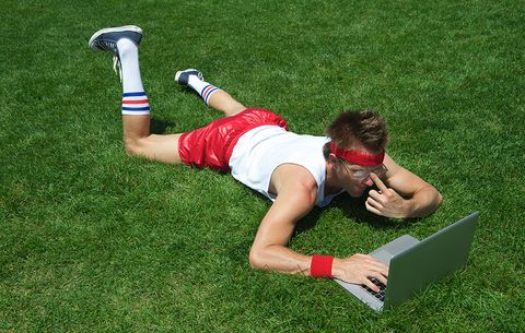 athlete searching online