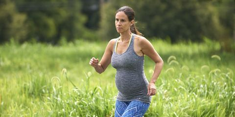 Exercise, People in nature, Summer, Running, Waist, Sleeveless shirt, Jogging, Active tank, Meadow, Grassland,
