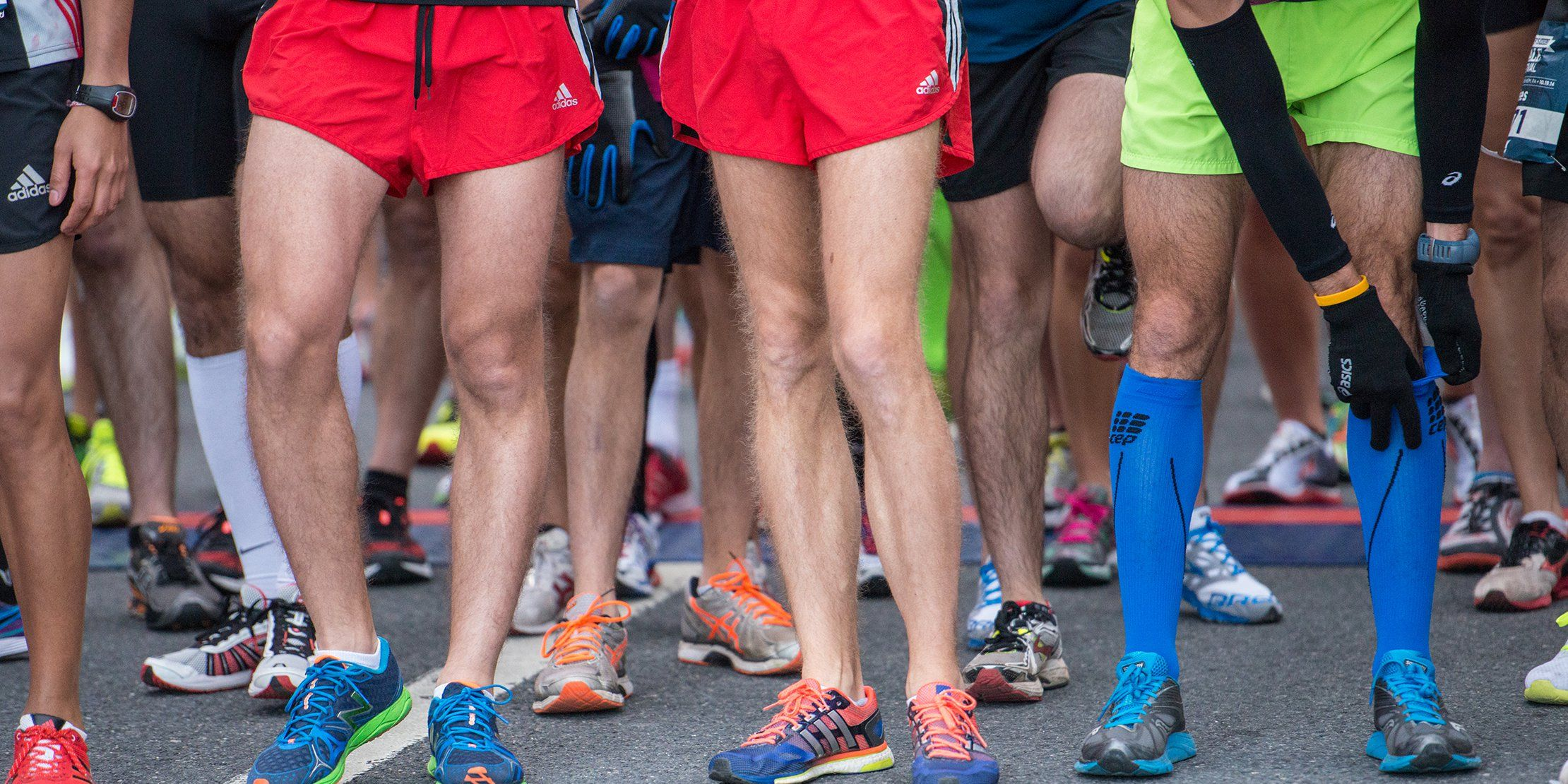 runners at starting line