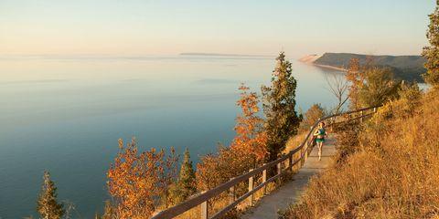Coastal and oceanic landforms, Bank, Coast, Shore, Bridge, Walkway, Lake, Guard rail, Reservoir, Trail,
