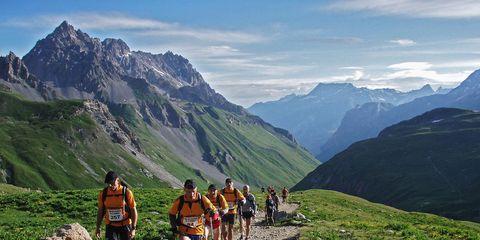Mountainous landforms, Mountain range, Highland, Mountain, Valley, Ridge, Outdoor recreation, Hill, Arête, Adventure,