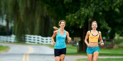 94d9e4a066b38 How to Progress From a Half Marathon to a Full