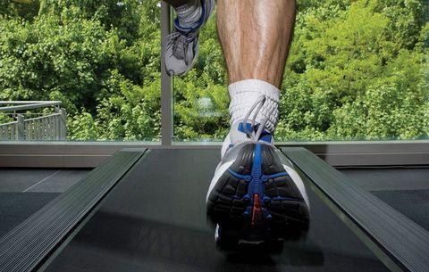 5 Treadmill Hacks That Help Burn More Calories