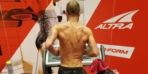 Jacob Puzey breaking the 50 mile treadmill record